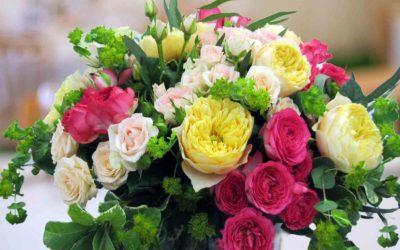 aranjament-masa-nunta-trandafiri-casa-novias1