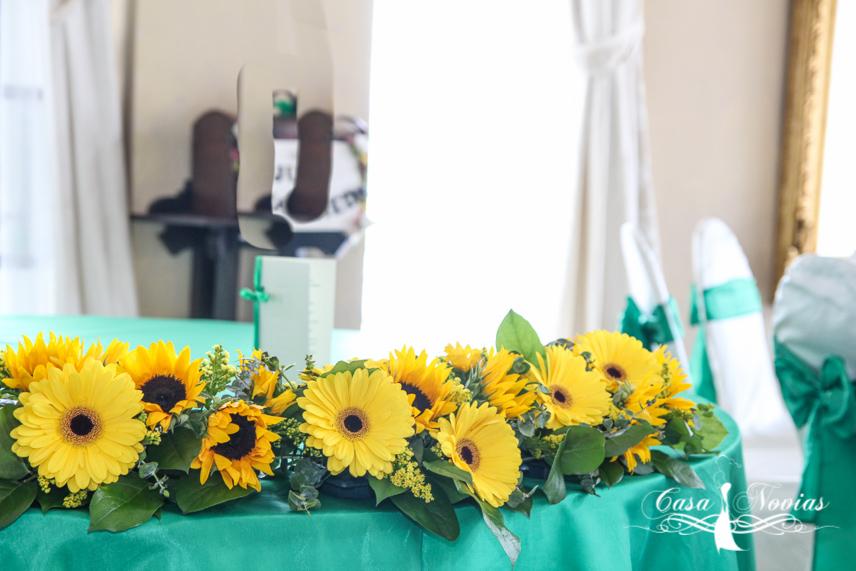 aranjament-prezidiu-floarea-soarelui