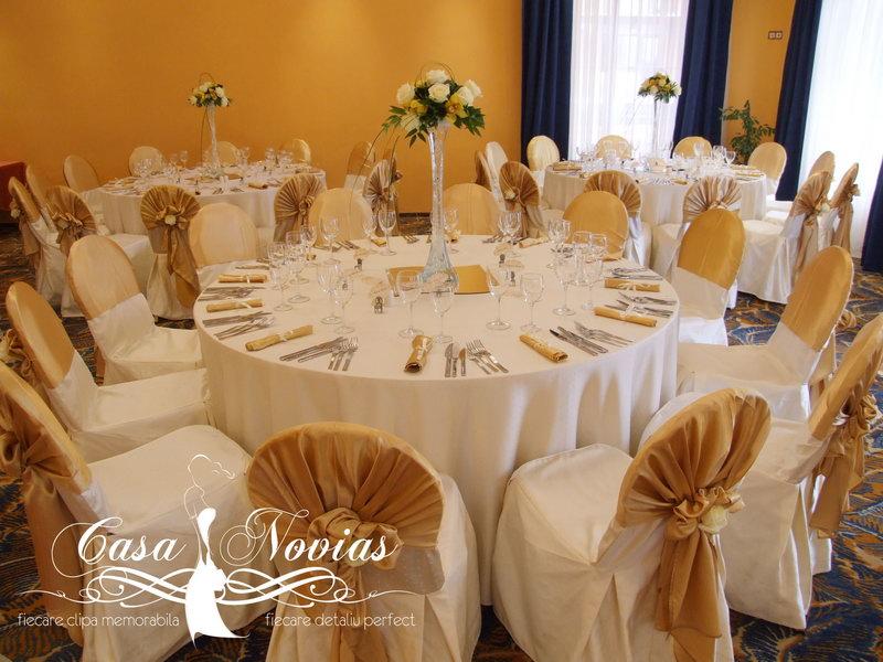 Fotografii Cu Decor Mese Si Scaune Nunta Poze Decor Sala De Nunta